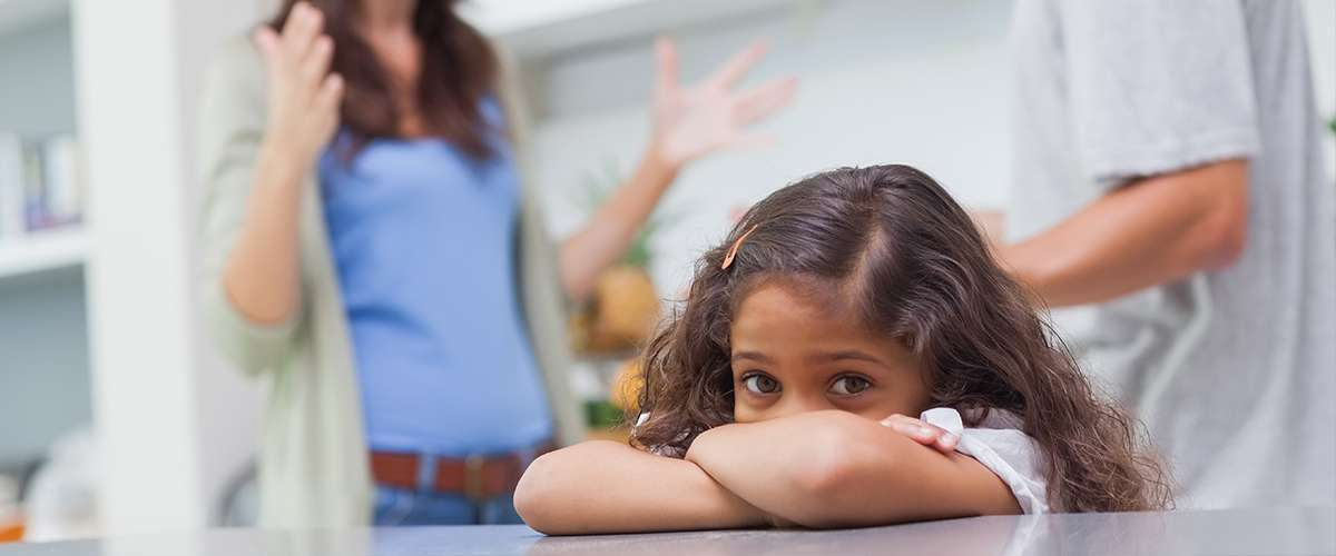 انفصال الأهل وتأثيره على الأبناء