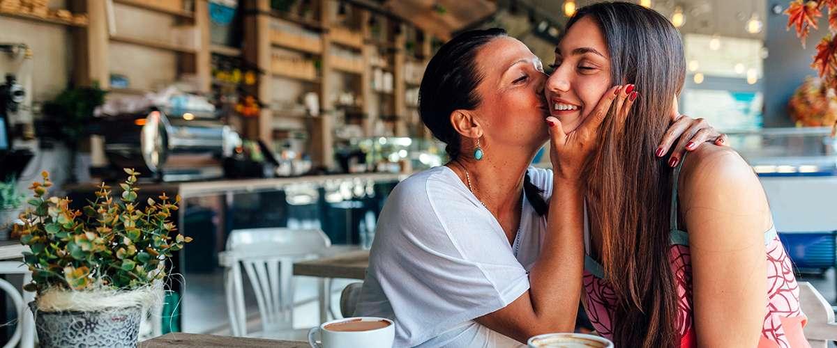 10 أفكار هدايا لعيد الأم