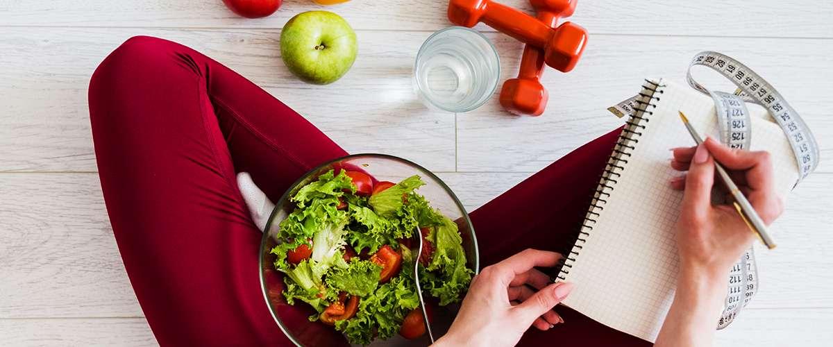طرق تصغير المعدة طبيعياً وتناول كميات أقل