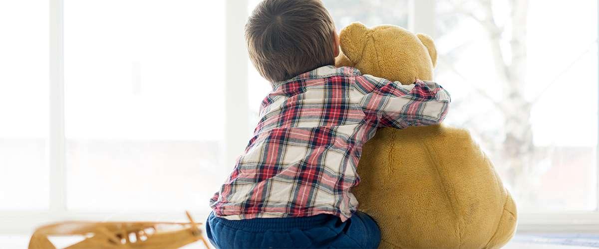 صفات الطفل الحساس