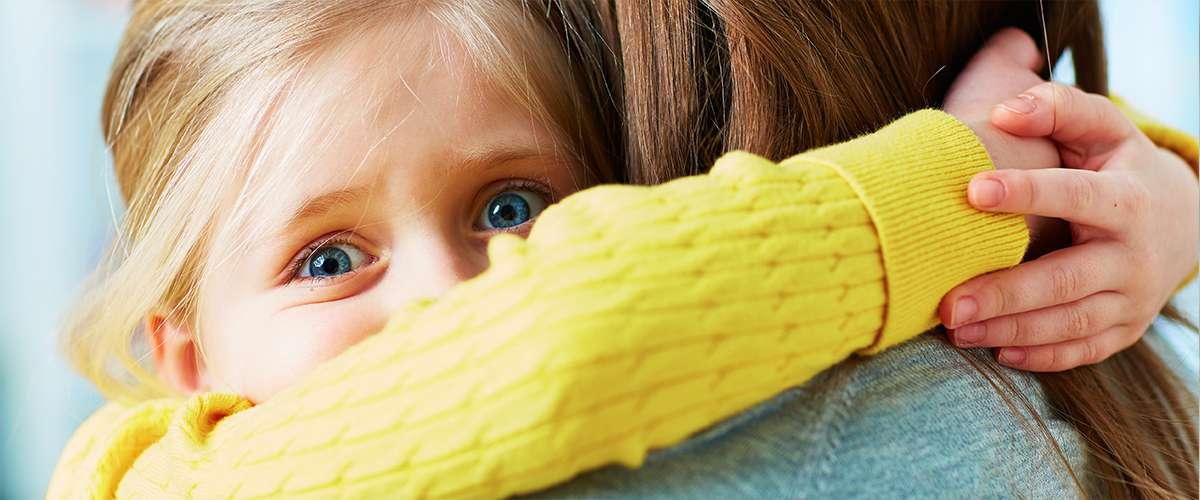 6 أنواع للحب تؤذي أطفالك نفسياً وجسدياً