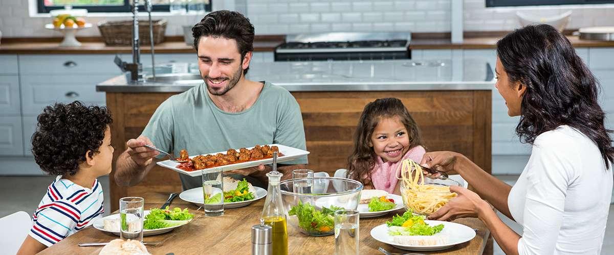 أهمية اتفاق الوالدين على طرق تربية الأبناء