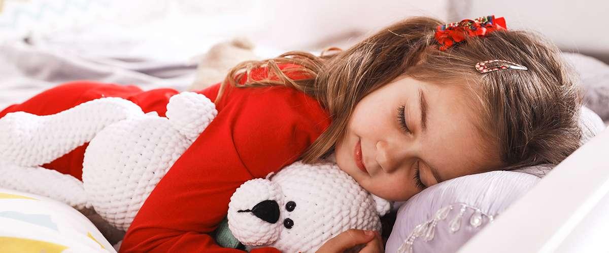 4 خطوات لتدريب الطفل على النوم في غرفته الخاصة