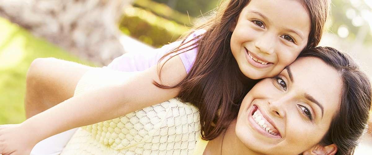 5 خطوات بسيطة للأم لتصبح صديقة لابنتها