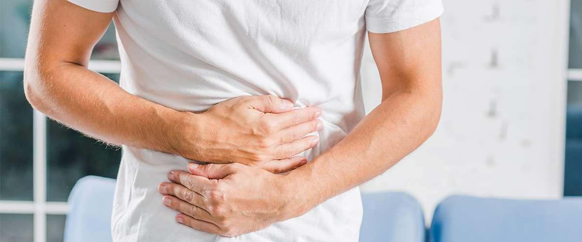 القرحة الهضمية الأسباب وطرق العلاج