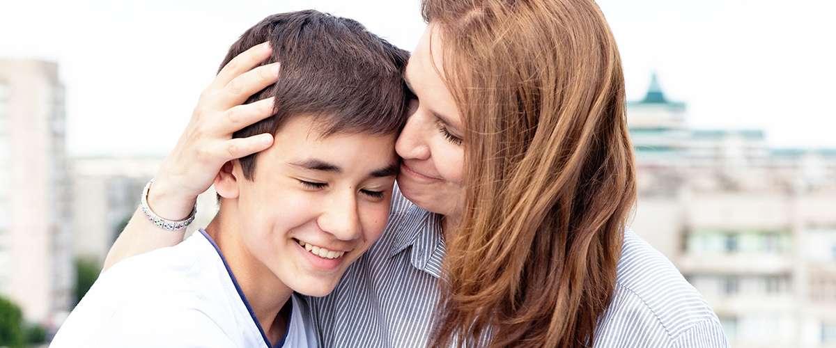 كيف احتوي ابني المراهق