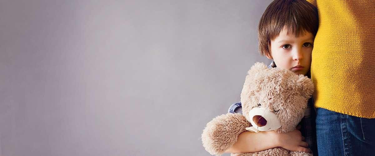 أسباب الخوف عند الأطفال وطرق التغلب عليه