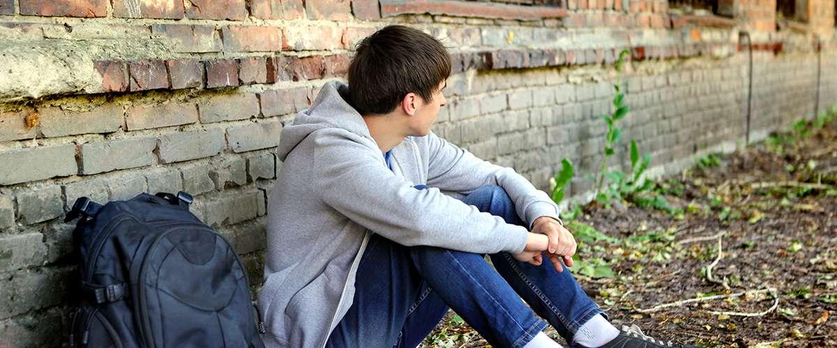 هل النمو السريع في جسم المراهق يشكّل خطرًا؟