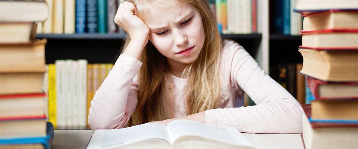 7 دلائل لضعف التركيز عند الطفل