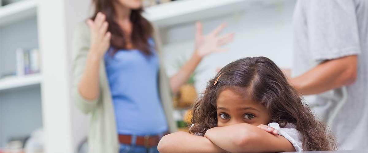 أصعب ما يواجه الوالدان في رحلة تربية الأبناء