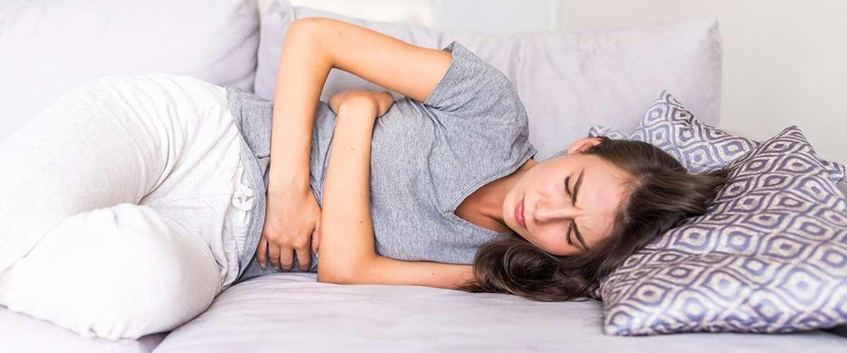 أسباب وأعراض الإصابة بالدودة الشريطية