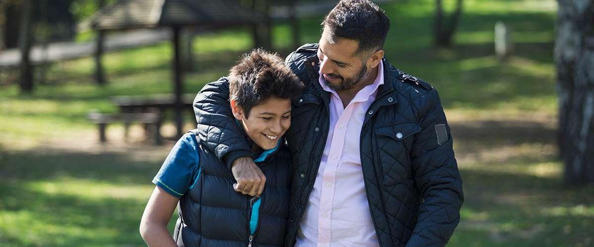 5 أساليب يُفضّلها الأبناء في التعامل معهم
