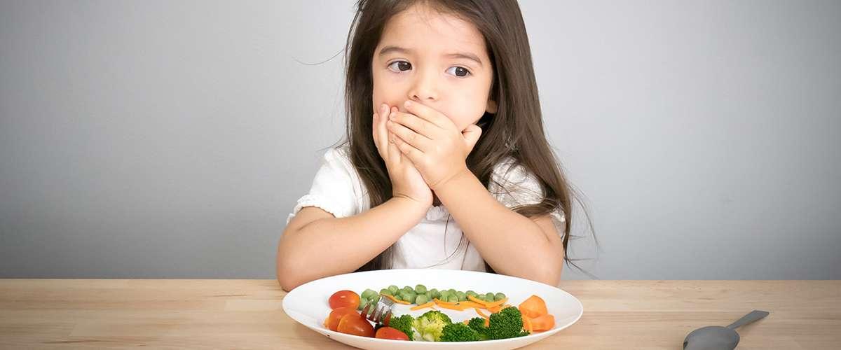 حلول لمشكلة رفض الطفل الطعام