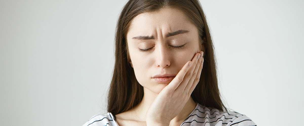 أعراض شلل العصب الوجهي (اللقوة)