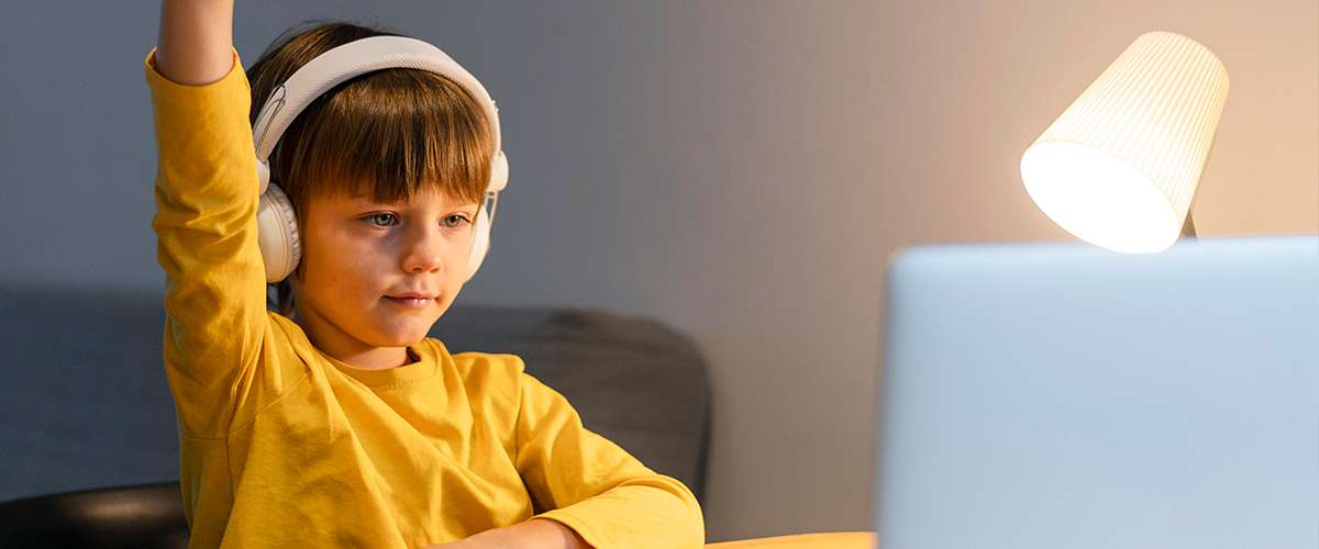 تحدّيات التعليم الإلكتروني وبعض الحلول لها