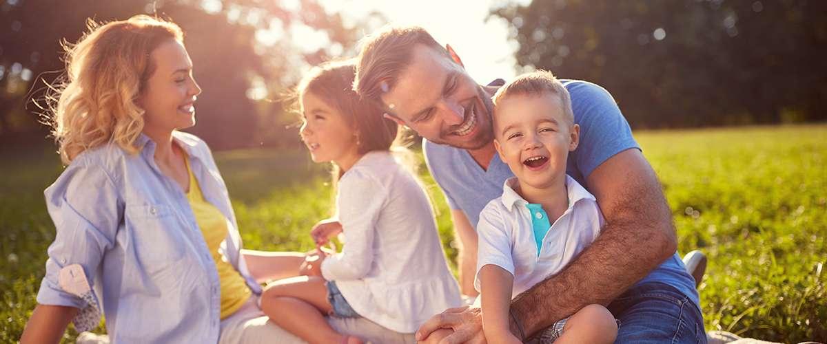 كيف أُشعِر طفلي بتميّزه في عائلتنا