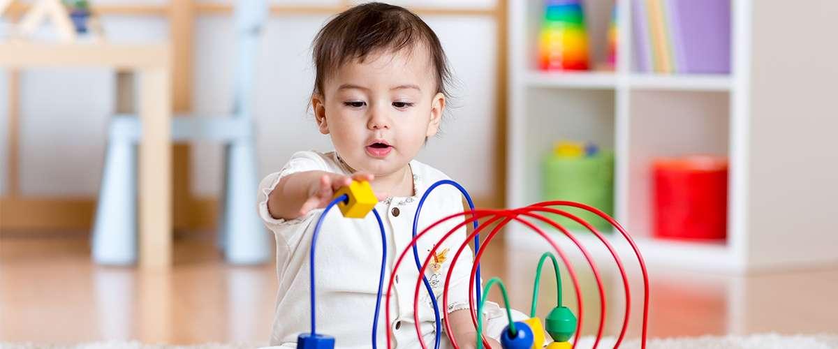 ماذا يحدث للطفل بعد عمر السنة