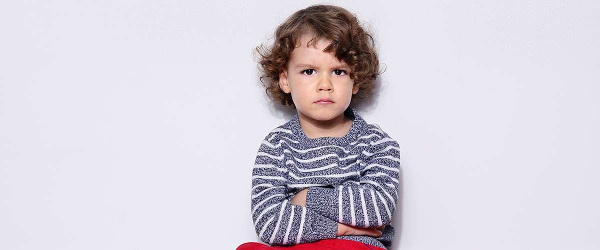 ما سبب تغيير سلوك الطفل في عمر الخمس سنوات